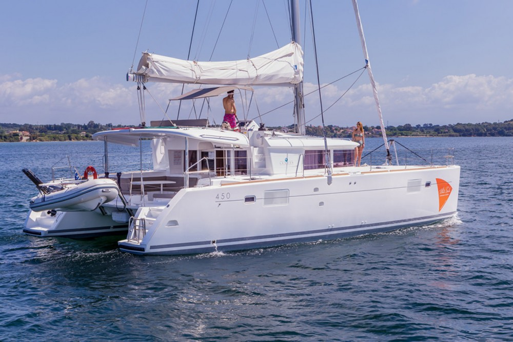 Boat rental Lagoon Lagoon 450 - 4 + 2 cab. in Ionian Islands on Samboat