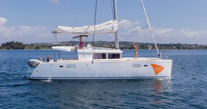 Hire Catamaran with or without skipper Lagoon Ionian Islands