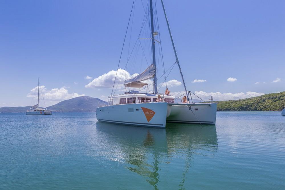 Rental Catamaran in Ionian Islands - Lagoon Lagoon 450 - 4 + 2 cab.