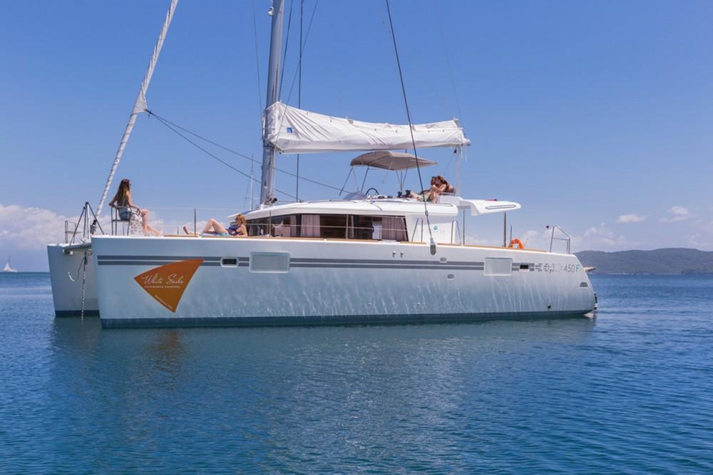 Boat rental Lefkada cheap Lagoon 450 F - 4 + 2 cab.