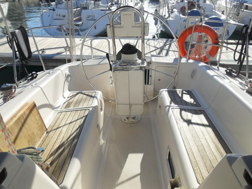 Boat rental Elan Elan 333 in Grad Zadar on Samboat