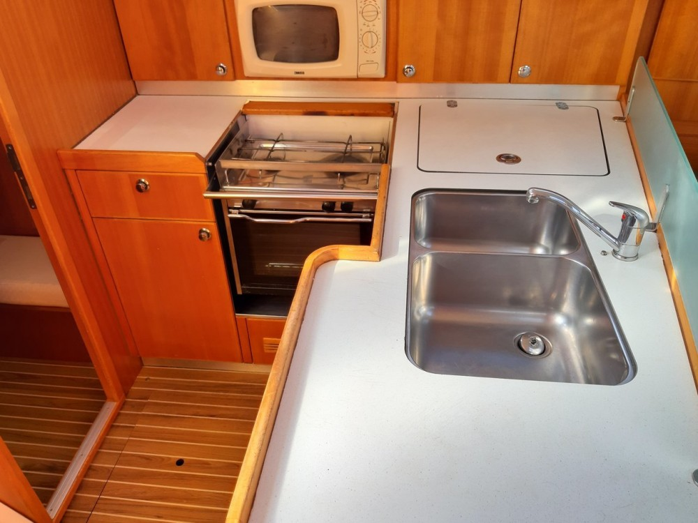 Hire Sailboat with or without skipper Elan Grad Zadar