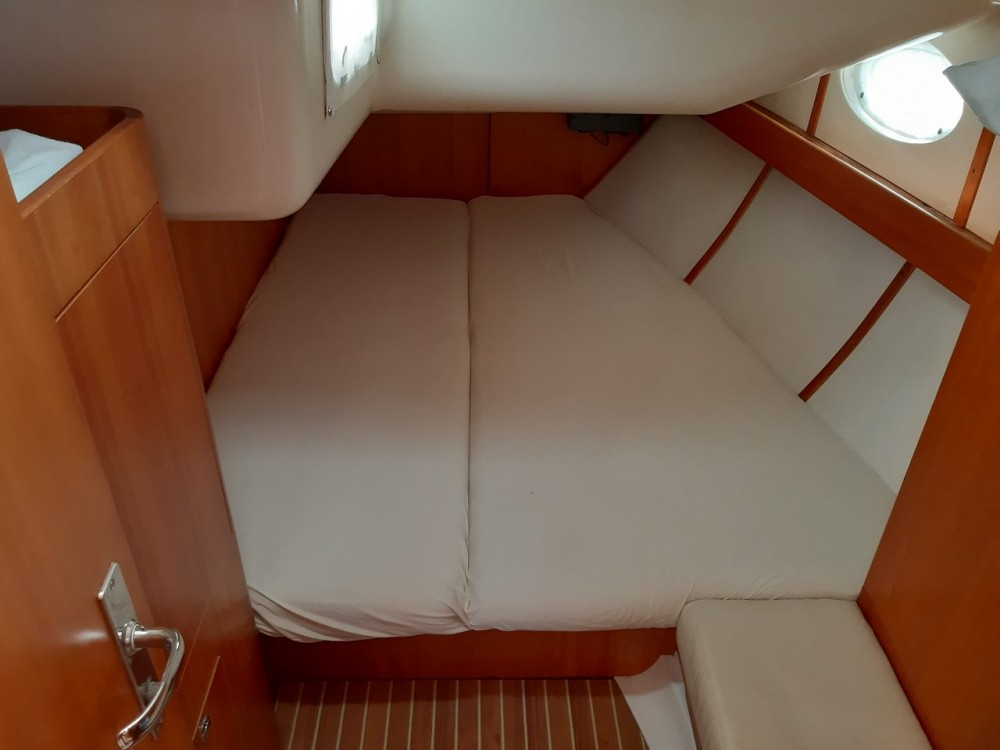 Rental yacht Grad Zadar - Elan Elan 434 on SamBoat
