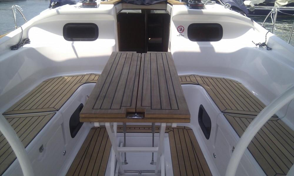 Boat rental Elan Elan 444 Impression in Grad Zadar on Samboat
