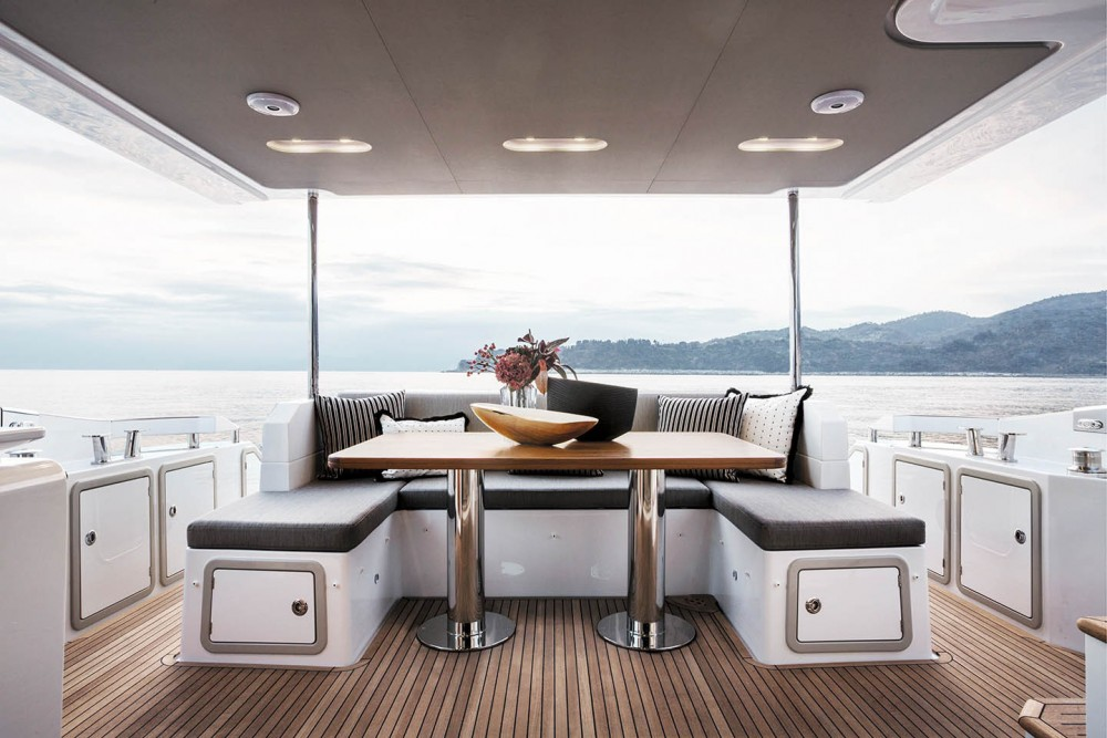 Azimut Azimut 66 between personal and professional Split