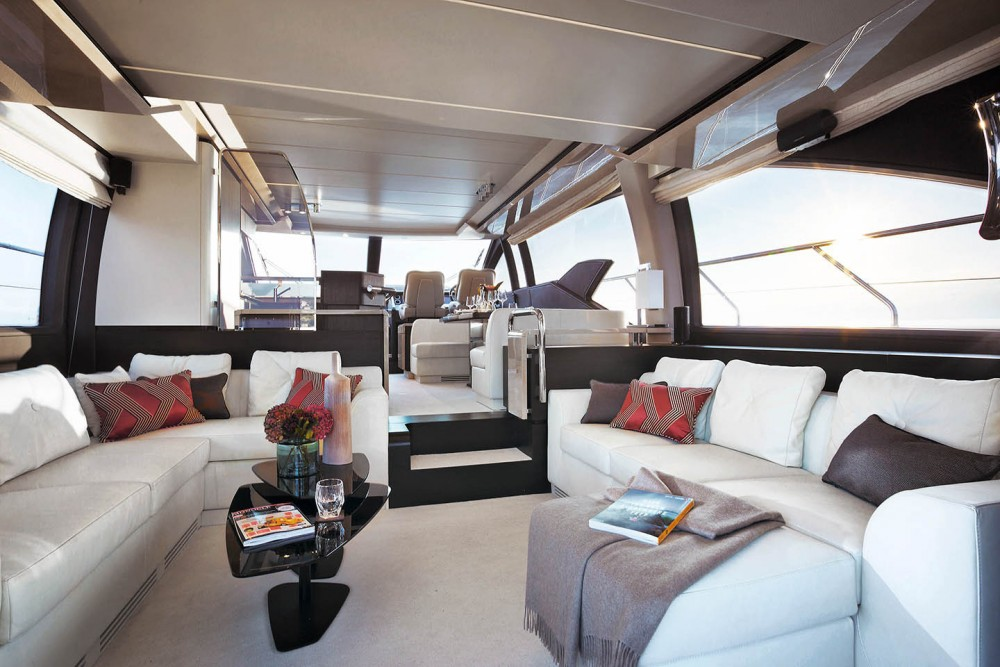 Rental yacht Split - Azimut Azimut 66 on SamBoat