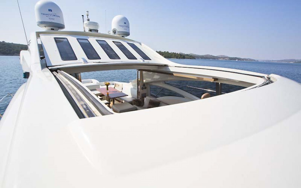 Rent a Azimut-Benetti-Yachts Azimut 68 - 3 + 1 cab. Split