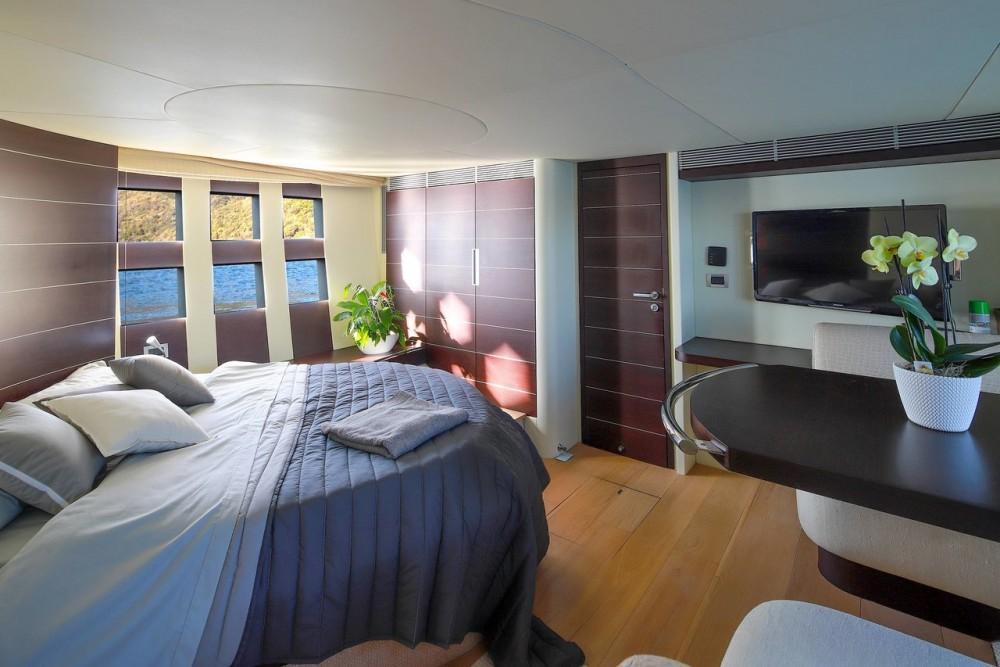 Rental Yacht in Split - Azimut-Benetti-Yachts Azimut 68 - 3 + 1 cab.