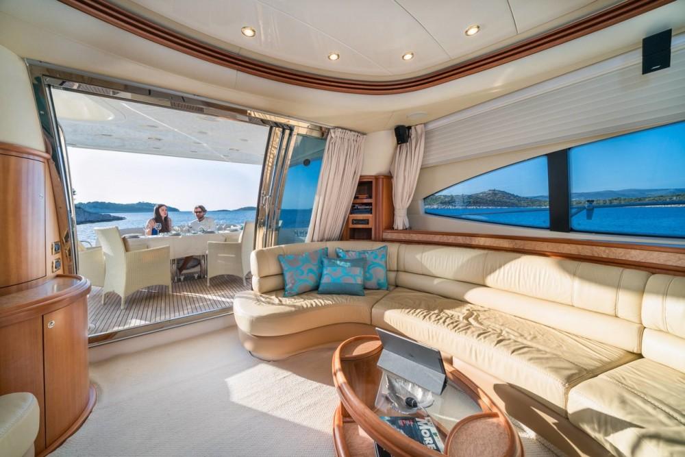 Azimut-Benetti-Yachts Azimut 68 EVO - 4 cab. between personal and professional Split