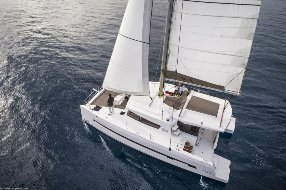 Catana Bali 4.0 - 4 + 2 cab. between personal and professional Corfu