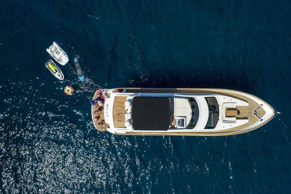 Boat rental  cheap Deauville 760