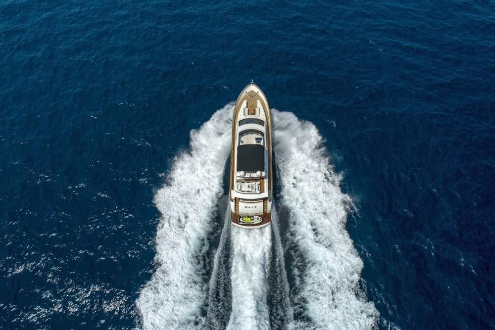 Rental Yacht Evo Marine with a permit