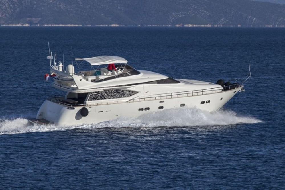 Boat rental Split cheap Maiora 20S