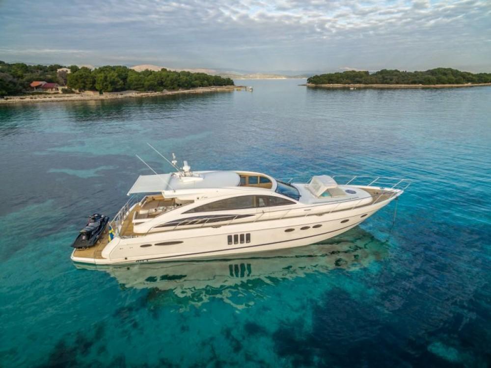 Princess-Yachts Princess V65 - 3 cab. between personal and professional Split