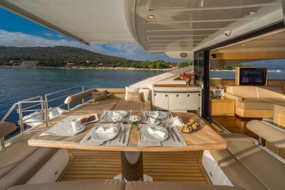 Rental yacht Split - Princess-Yachts Princess V65 - 3 cab. on SamBoat