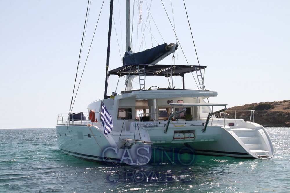Rent a Lagoon Lagoon 500 - 5 + 1 + 1 cab. Peloponnese