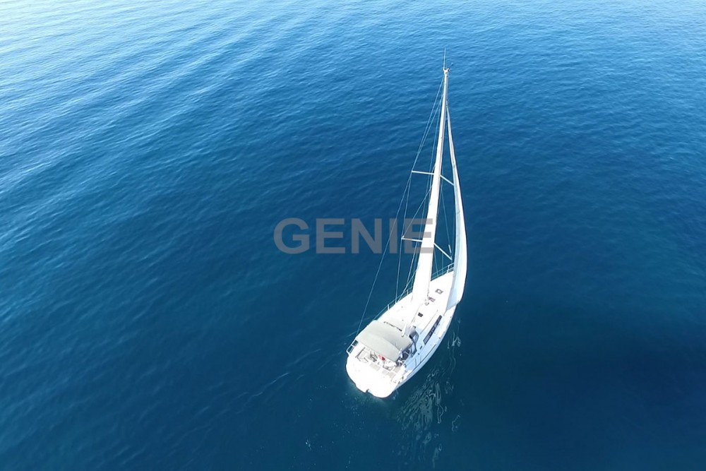 Rental yacht Peloponnese - Bénéteau Oceanis 37 on SamBoat