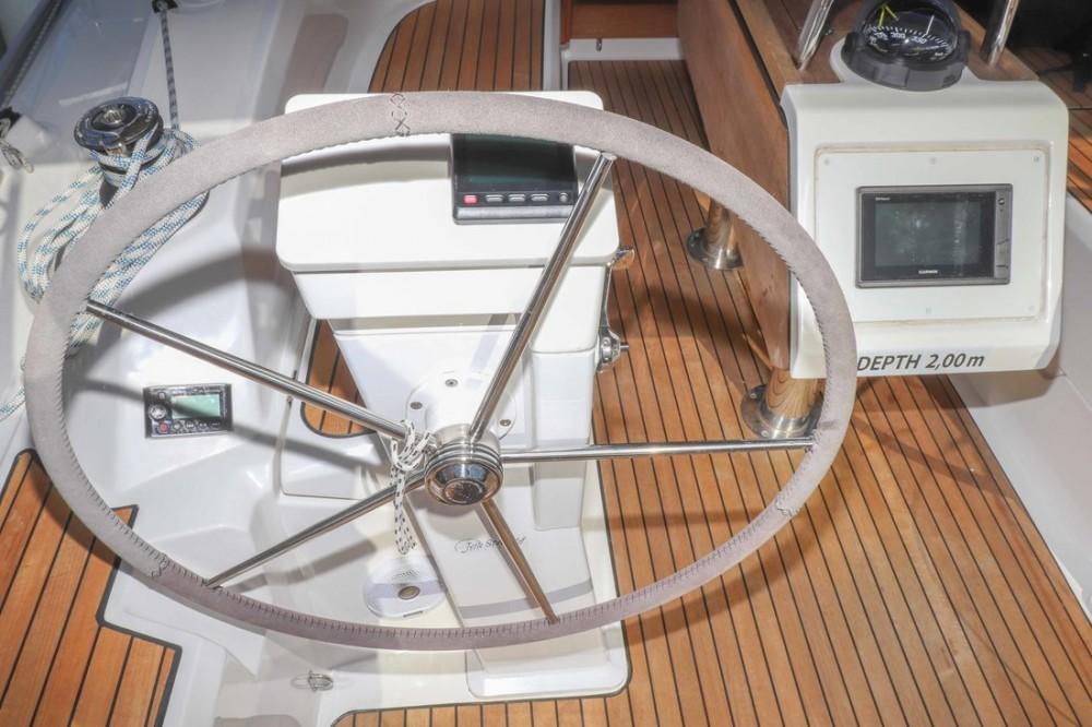 Boat rental Bavaria Cruiser 34 in Croatia on Samboat
