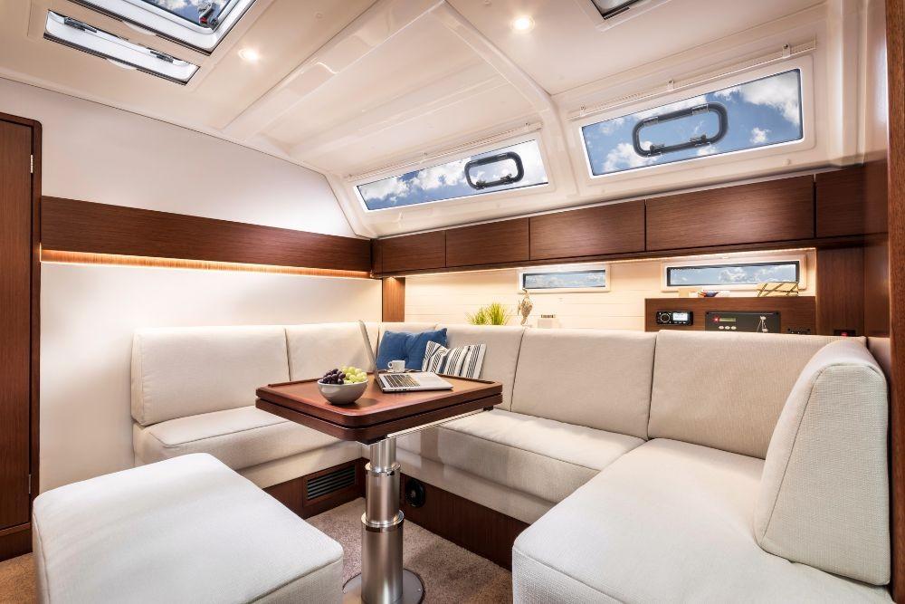 Rental Sailboat in  - Bavaria Bavaria Cruiser 46 Style