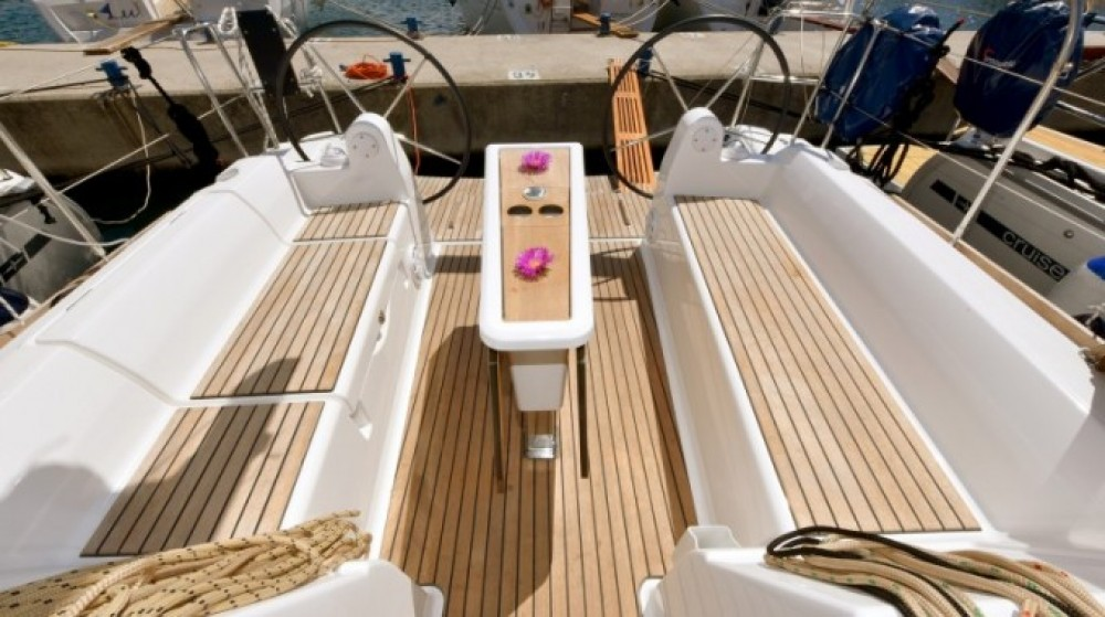 Boat rental  cheap Dufour 350 Grand Large