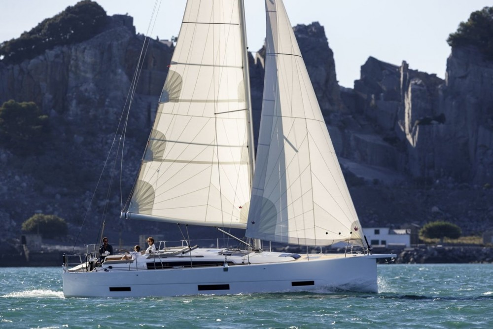 Rental Sailboat in  - Dufour Dufour 390 GL