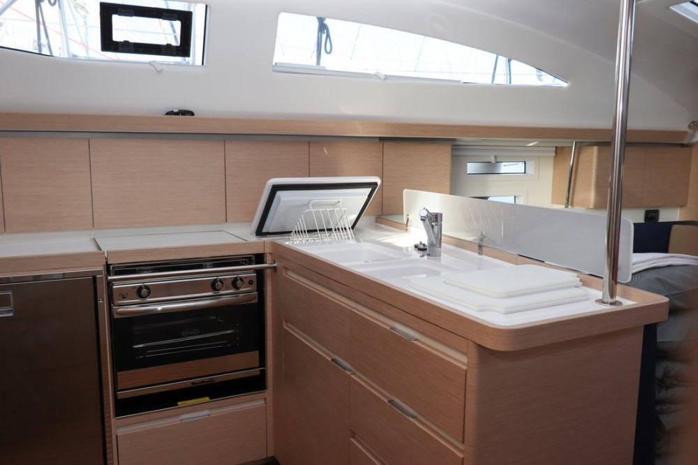 Rental yacht  - Elan Elan Impression 45 on SamBoat