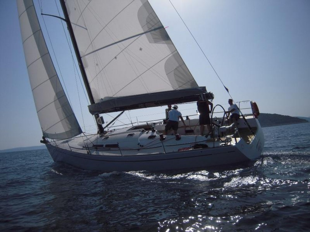 Comar-Yachts Comet 45s between personal and professional Split