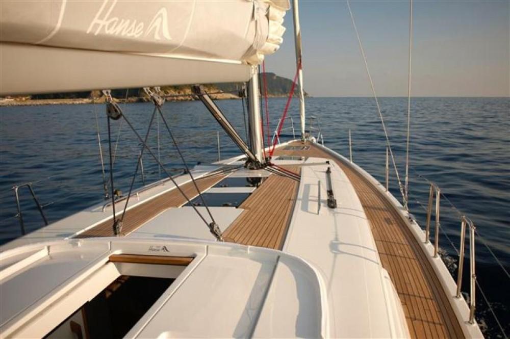 Rental Sailboat in Split - Hanse Hanse 445