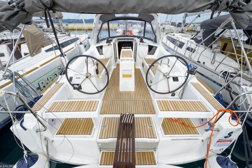 Rental Sailboat in  - Jeanneau Sun Odyssey 349