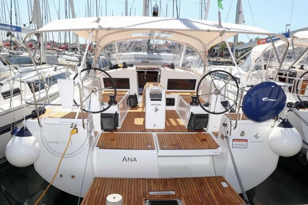 Rent a Jeanneau Sun Odyssey 440 Pirovac