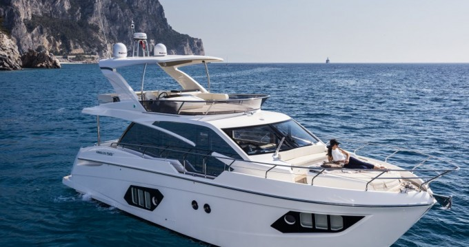 Boat rental Palit cheap Absolute 50 Fly