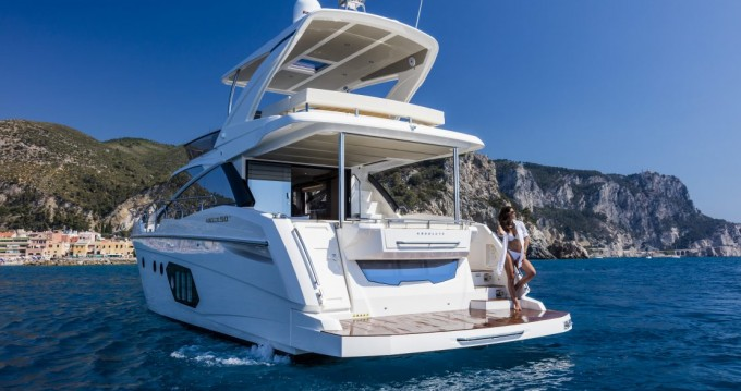 Hire Motorboat with or without skipper Absolute Yachts Palit