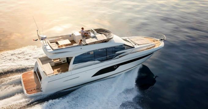 Boat rental Podstrana cheap Prestige 520 Flybridge