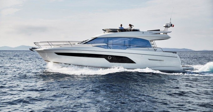 Hire Motorboat with or without skipper Jeanneau Podstrana