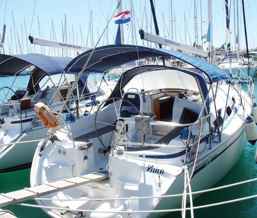 Rental Sailboat in Općina Sukošan - Bavaria Cruiser 30