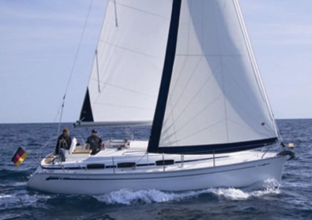 Boat rental Croatia cheap Cruiser 30