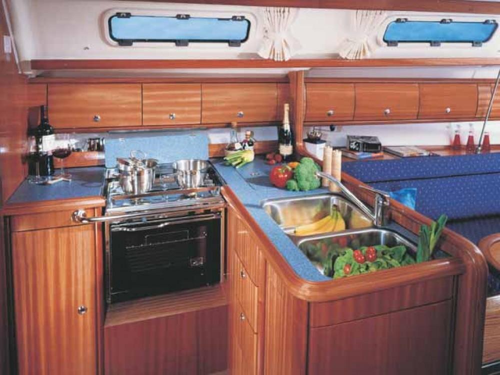 Rental yacht Općina Sukošan - Bavaria Bavaria 36 on SamBoat