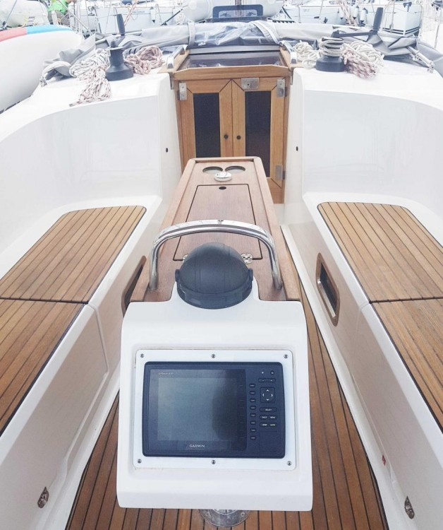 Rent a Bavaria Bavaria Cruiser 41 - 3 cab. Split