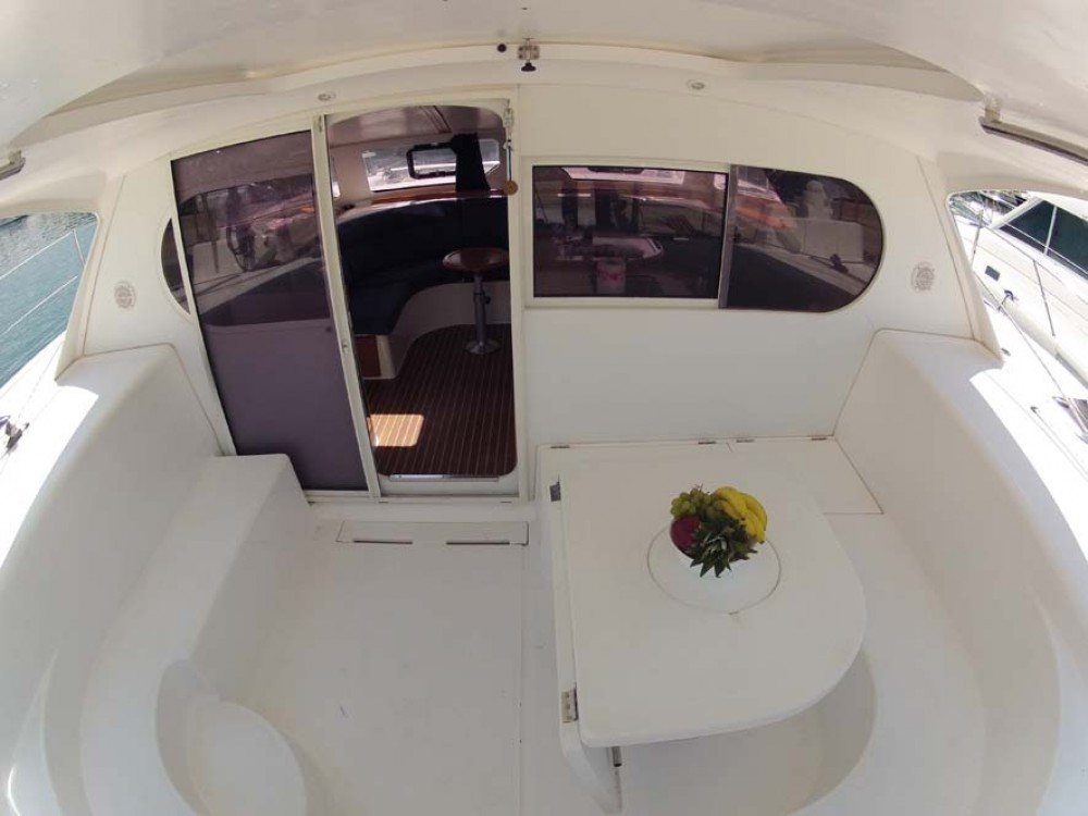 Rental yacht Split - Nautitech Rochefort Nautitech 40 on SamBoat
