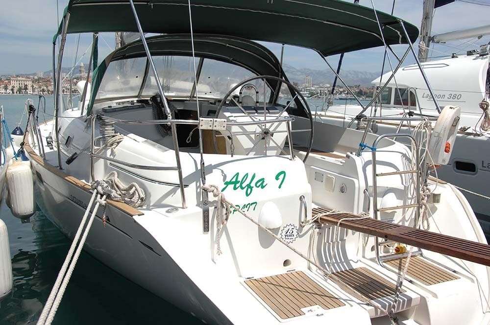 Rental Sailboat in Split - Bénéteau Oceanis Clipper 461