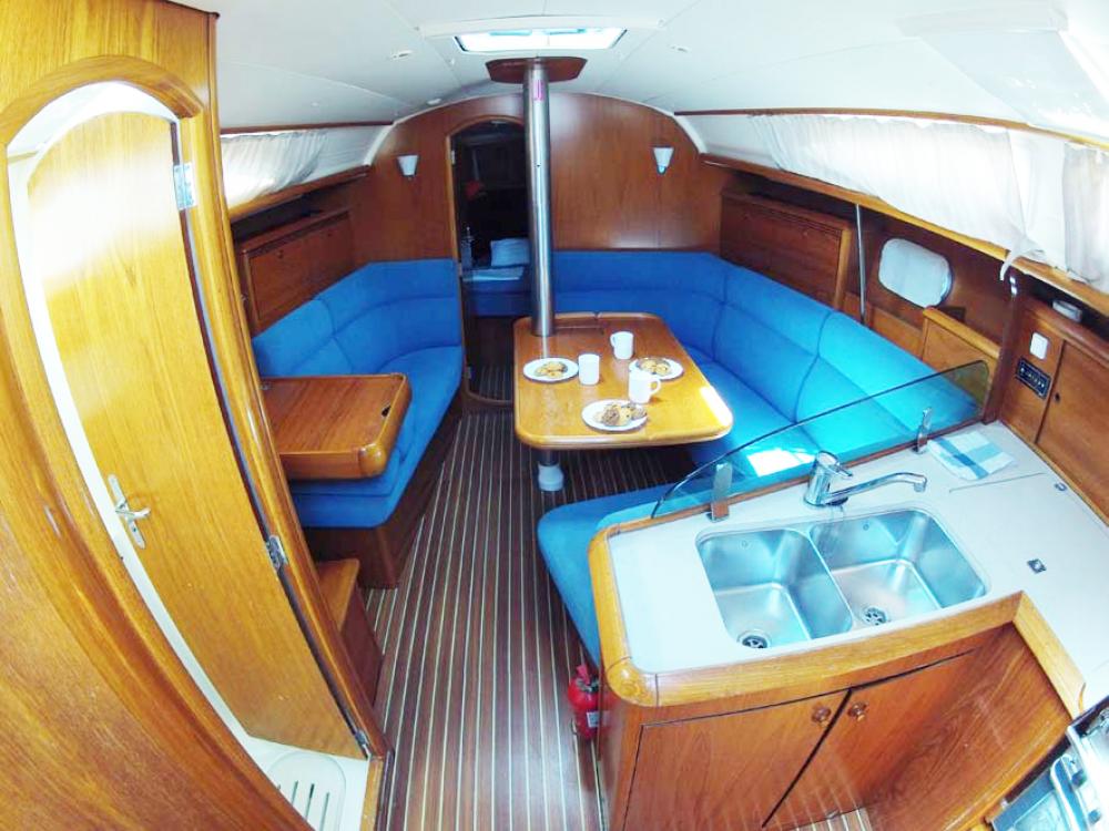 Rental Sailboat in  - Jeanneau Sun Odyssey 35