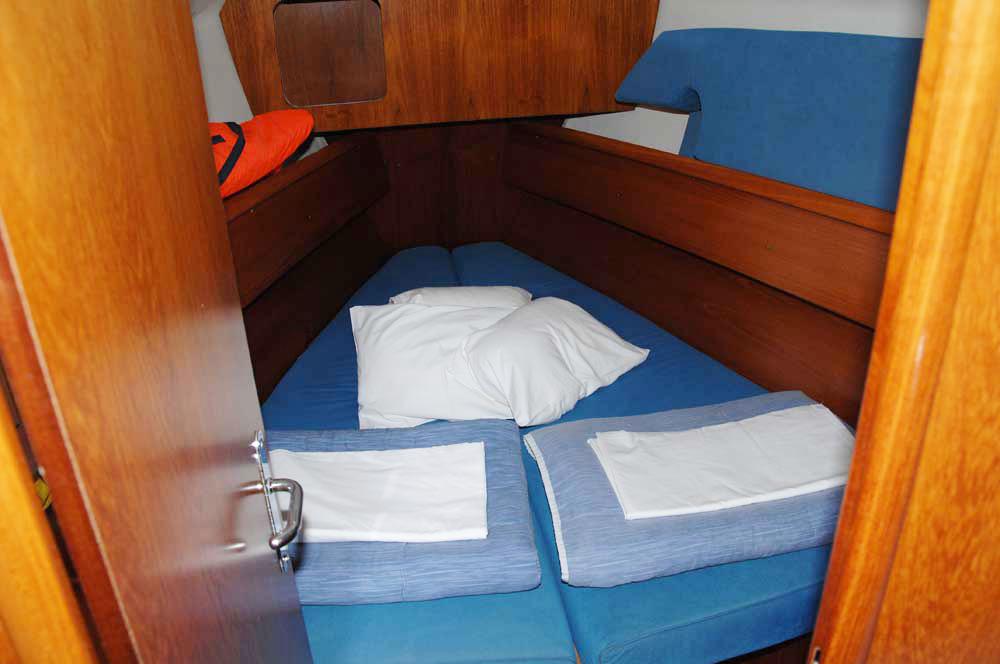 Boat rental  cheap Sun Odyssey 35