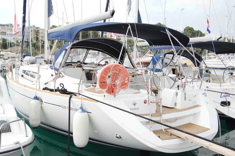 Rental Sailboat in Split - Jeanneau Sun Odyssey 45