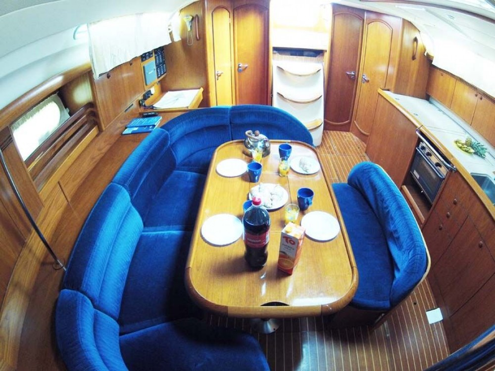 Jeanneau Sun Odyssey 45 between personal and professional Split
