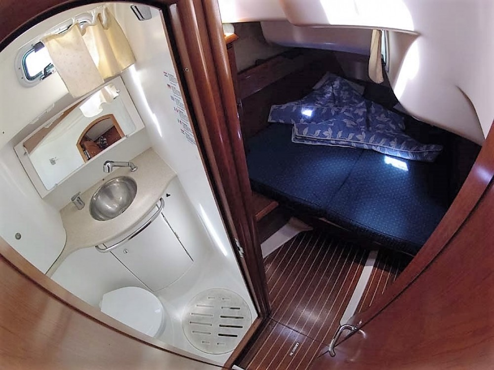 Jeanneau Sun Odyssey 49 between personal and professional Split