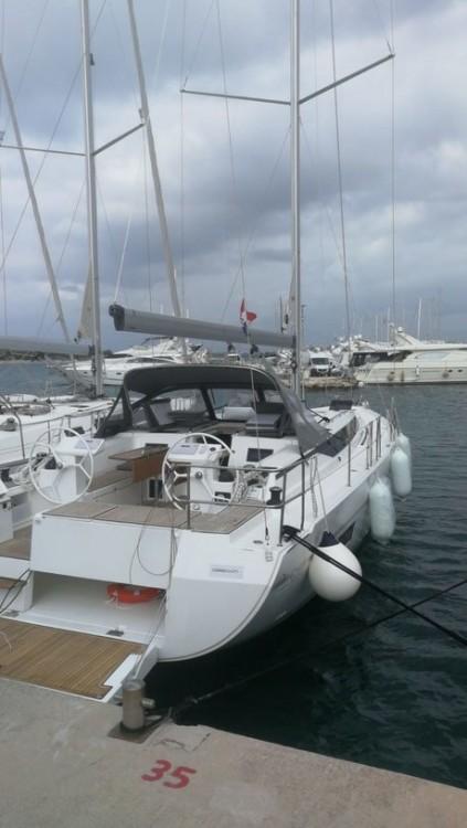 Boat rental Bavaria Bavaria Cruiser 45 - 3 cab. in Split on Samboat