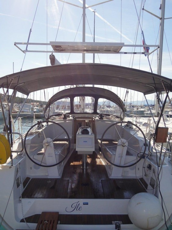 Rental Sailboat in Split - Bavaria Cruiser 41