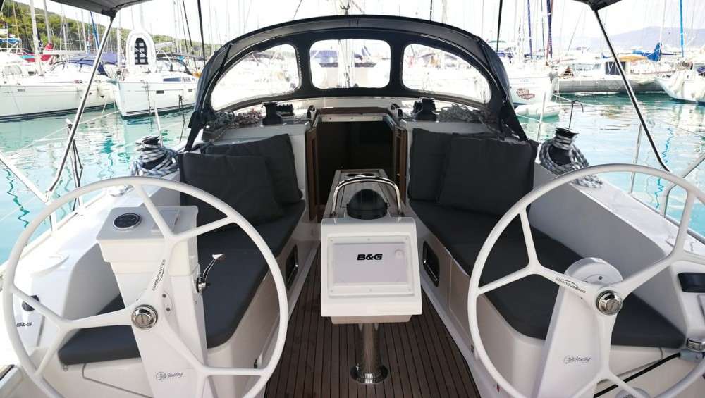 Boat rental Bavaria Cruiser 41 S in Split on Samboat