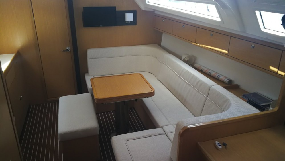 Rental Sailboat in Split - Bavaria Cruiser 41 S