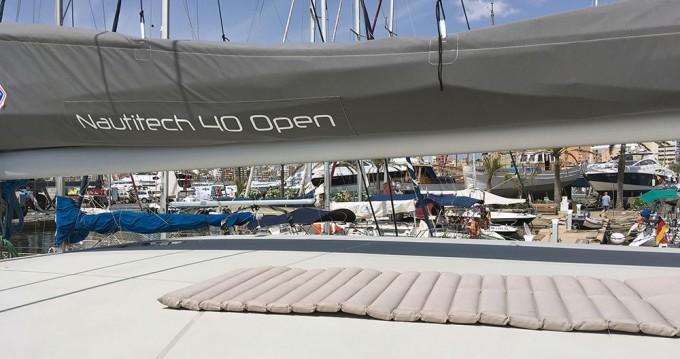 Rental Catamaran in Playa de Palma - Nautitech Nautitech 40